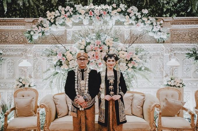 Acara Akad Nikah Eristia Putri & Dendy Iswara by D'soewarna Wedding Planning - 003
