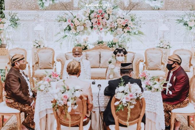 Acara Akad Nikah Eristia Putri & Dendy Iswara by D'soewarna Wedding Planning - 001