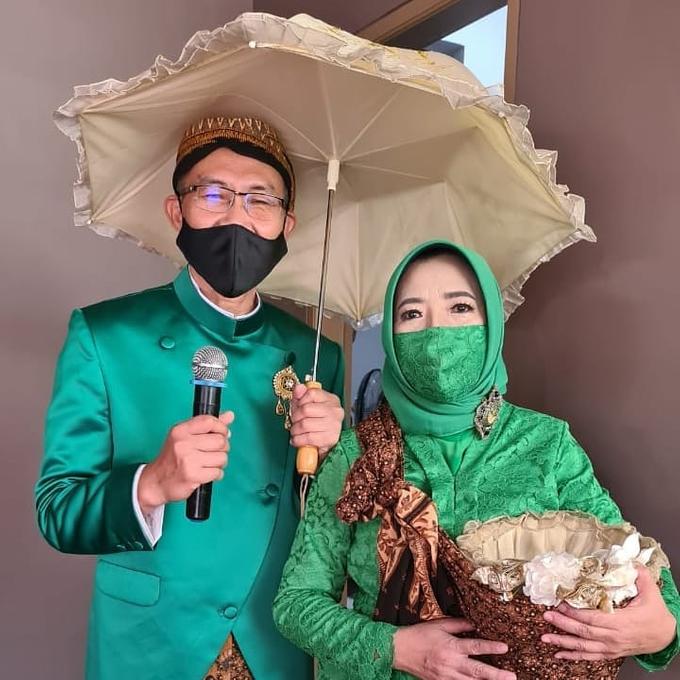 Acara Akad Nikah Eristia Putri & Dendy Iswara by D'soewarna Wedding Planning - 021