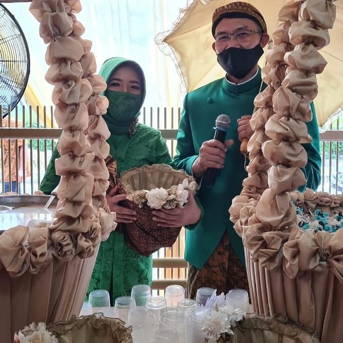 Acara Akad Nikah Eristia Putri & Dendy Iswara by D'soewarna Wedding Planning - 022