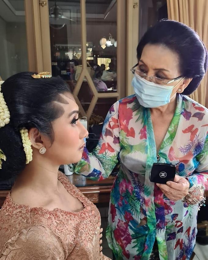 Acara Akad Nikah Eristia Putri & Dendy Iswara by D'soewarna Wedding Planning - 027