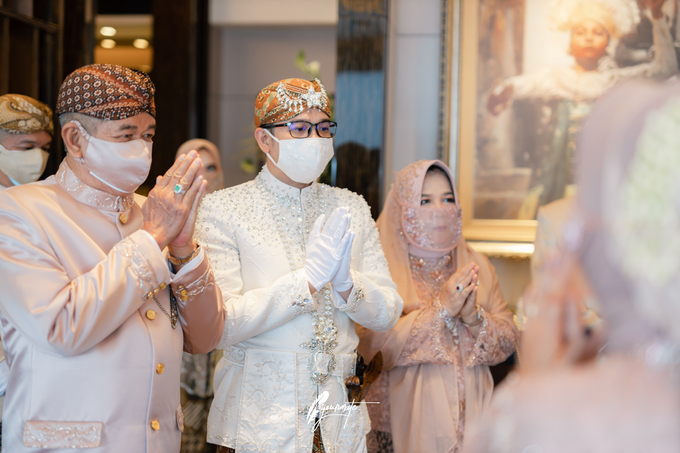 Acara Pernikahan Aisyah Derry  by D'soewarna Wedding Planning - 018