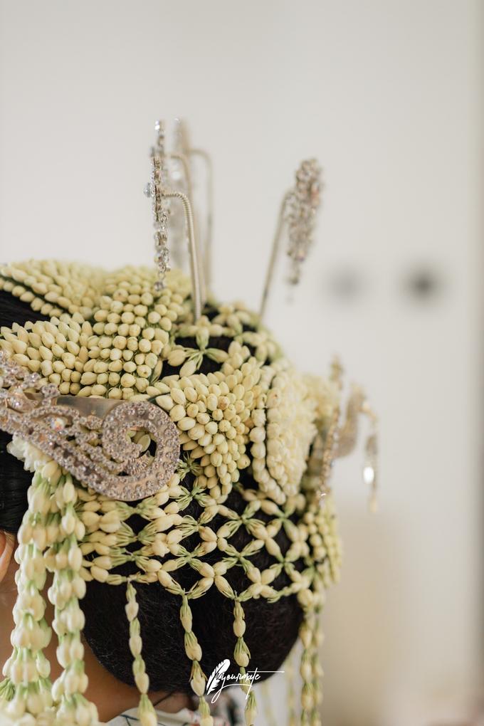 Acara Pernikahan Aisyah Derry  by D'soewarna Wedding Planning - 019