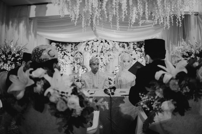 Acara Pernikahan Siti Ardiya Sakinah Salim & Sugiherlambang by D'soewarna Wedding Planning - 004