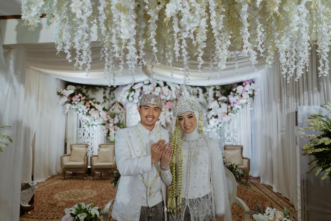 Acara Pernikahan Siti Ardiya Sakinah Salim & Sugiherlambang by D'soewarna Wedding Planning - 010