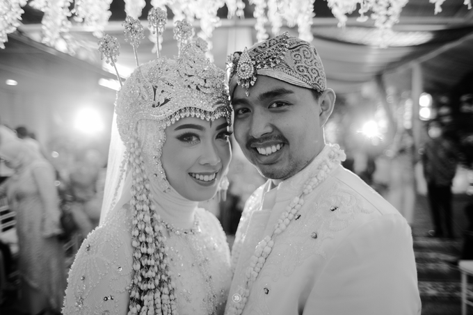 Acara Pernikahan Siti Ardiya Sakinah Salim & Sugiherlambang by D'soewarna Wedding Planning - 022