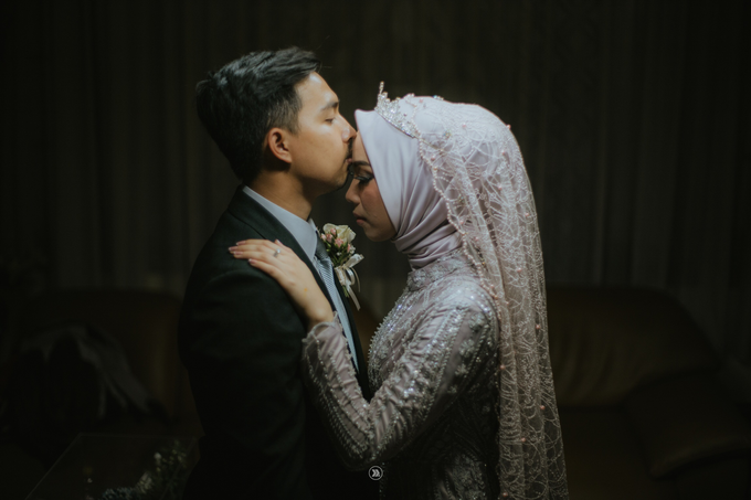 Acara Pernikahan Siti Ardiya Sakinah Salim & Sugiherlambang by D'soewarna Wedding Planning - 023