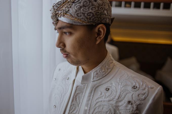 Acara Pernikahan Siti Ardiya Sakinah Salim & Sugiherlambang by D'soewarna Wedding Planning - 024