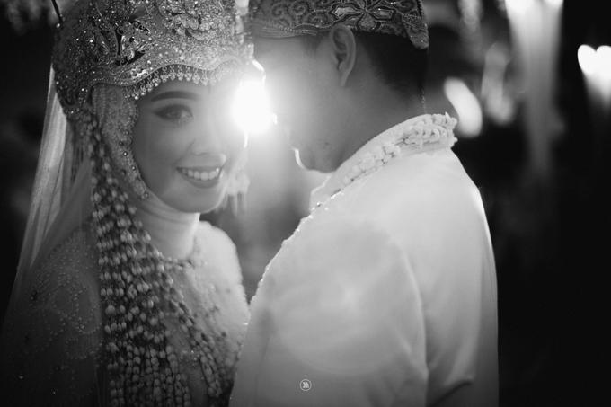 Acara Pernikahan Siti Ardiya Sakinah Salim & Sugiherlambang by D'soewarna Wedding Planning - 027