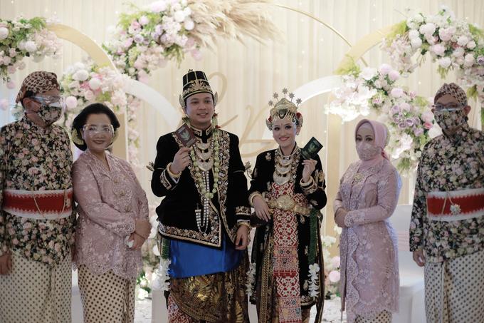 Intimate Wedding Acara Pernikahan Roni Denisa  by Ambar Paes Traditional Wedding Make Up - 020