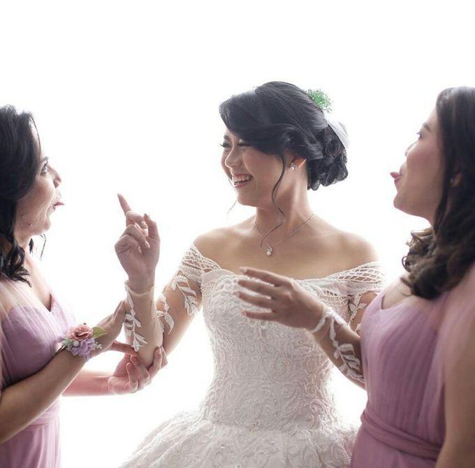 Wedding Day Of Ferryandi & Griticia by Edelweis Organizer - 006