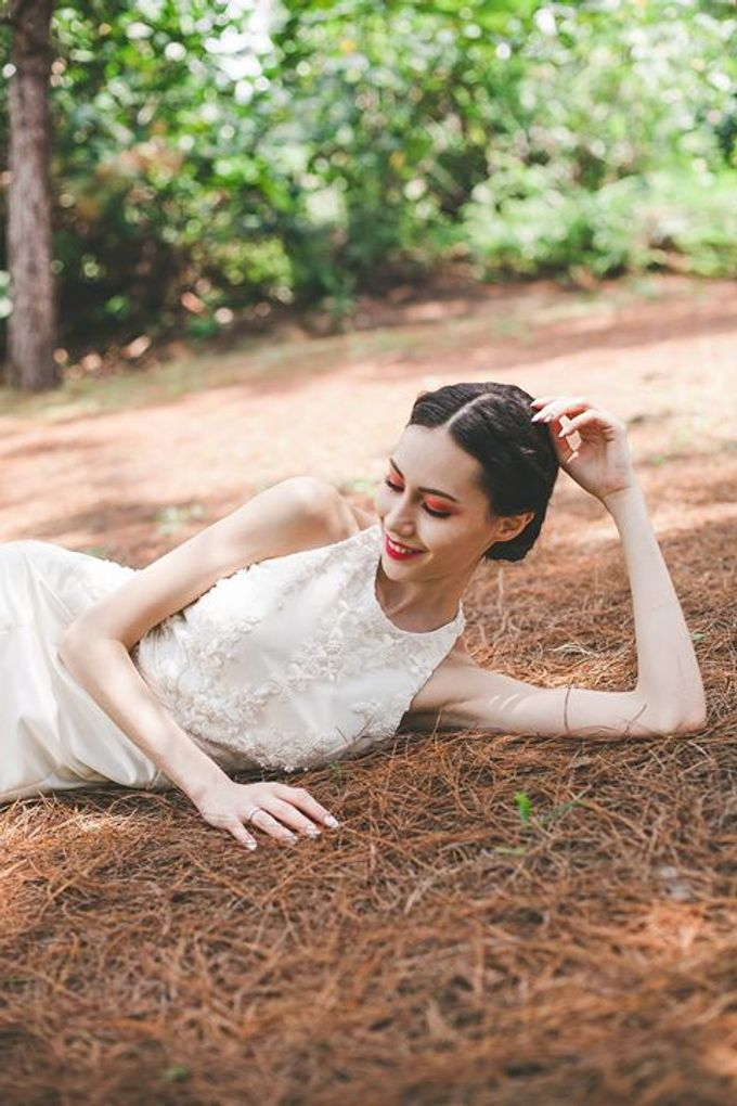 Emcee Couture 2016 Bridal Lookbook by Emcee Couture - 012