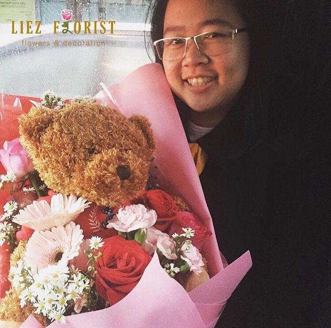 Valentine Bouquets by Liez Florist & Decoration - 006