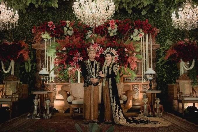 Bold Themed Wedding of Agung Nindita by  Menara Mandiri by IKK Wedding (ex. Plaza Bapindo) - 005