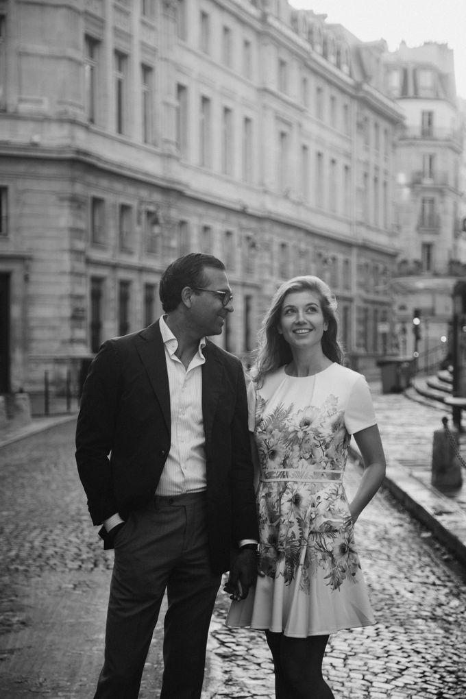 Engagement Photoshoot In Paris by Février Photography   Paris Photographer - 003