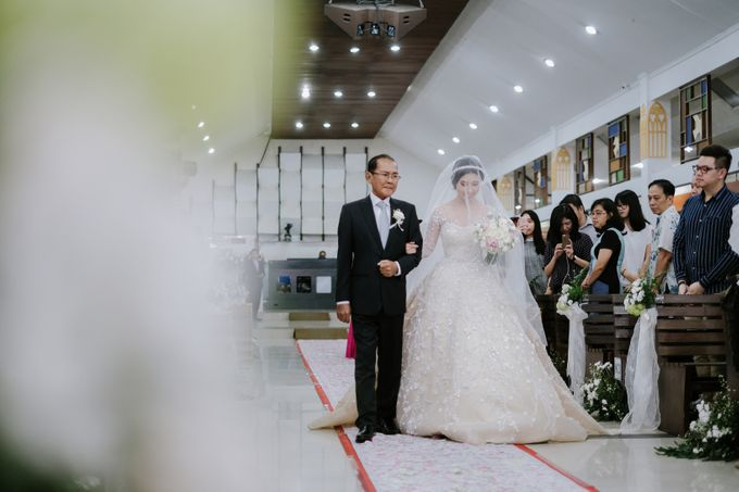 THE WEDDING OF DANIEL & NOVI by Alluvio - 004