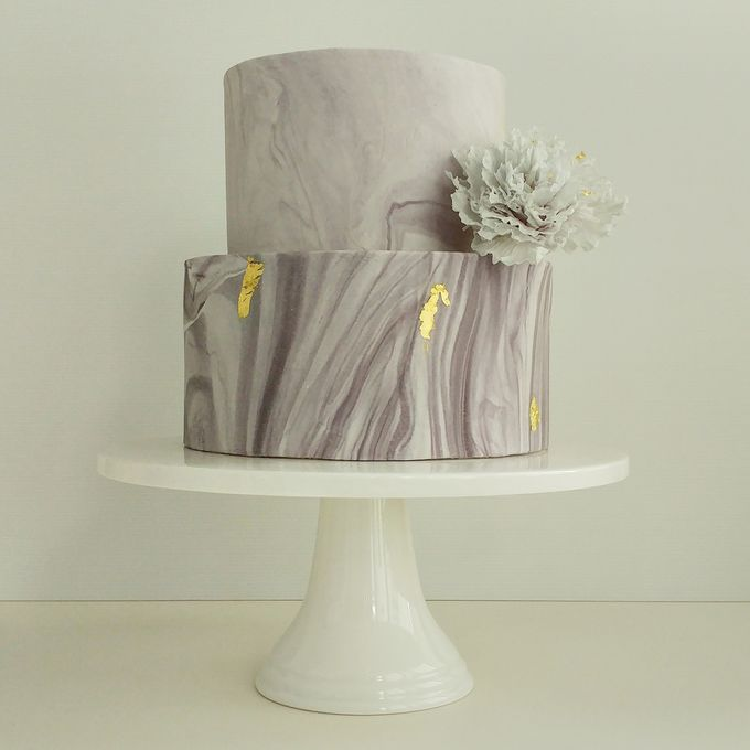 Single tier and multi tiered cakes by Baby Cakes - 027