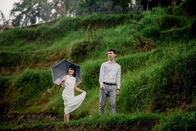 Rain In Nature Bali Engagement by Mariyasa - 001