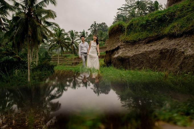 Rain In Nature Bali Engagement by Mariyasa - 002