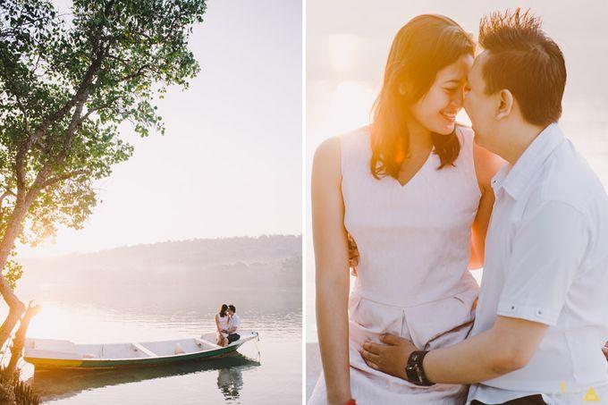 Engagement // prewedding Hendra & Dimitry by diktatphotography - 003