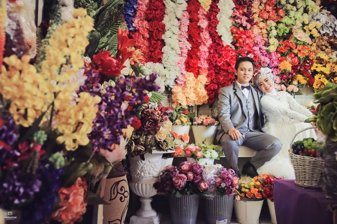Say With Flowers, Do With Heart by ridzkysetiaji photo - 003