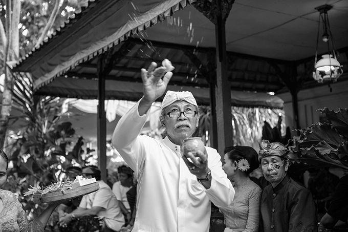 A.A GD Alit Kresna sanjaya & A.A istri kartika sari by Maknaportraiture - 017