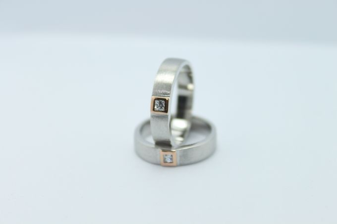 wedding ring simple Design by V&Co Jewellery - 014