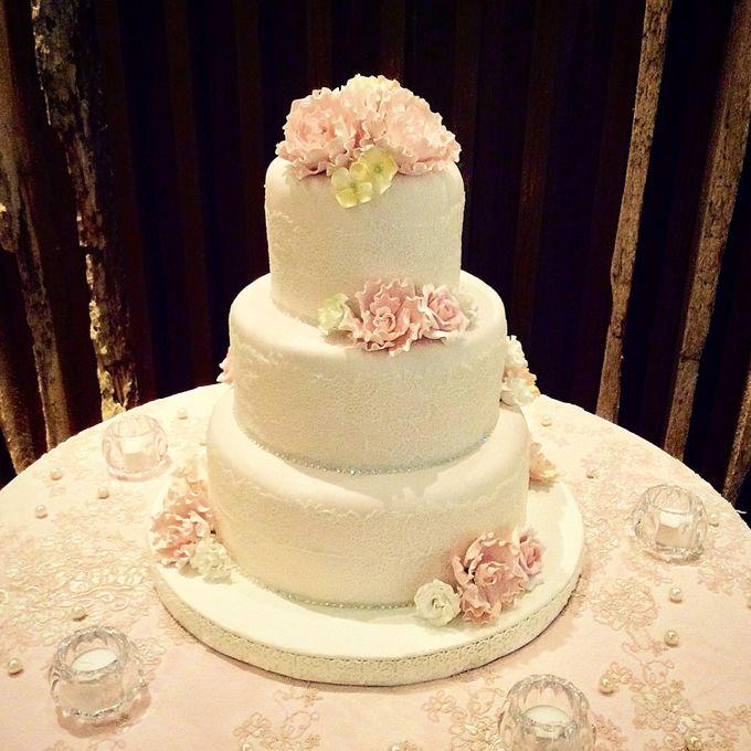 3 layers wedding cakes by LeNovelle Cake - 016
