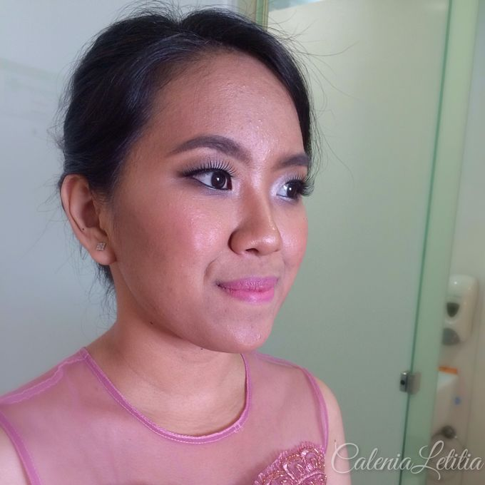 Bridesmaid for Gisella & Adhi Wedding by Calenia Letitia Makeup Artist - 005