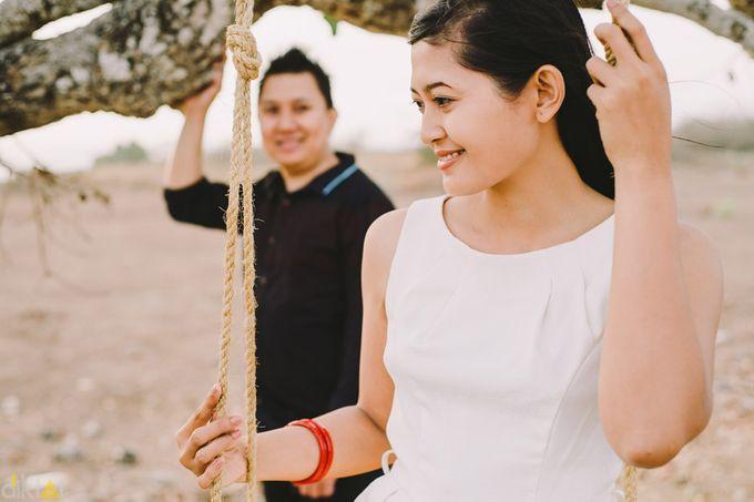 Engagement // prewedding Hendra & Dimitry by diktatphotography - 021