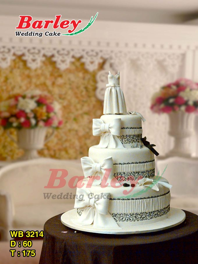 3 Tiers by Barley Cakes - 005
