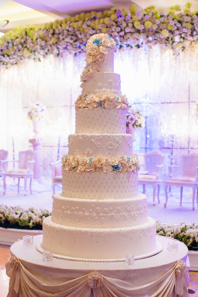 The Wedding Cake by Pullman Jakarta Indonesia - 002