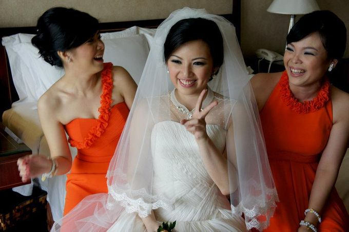 Bride & Bridesmaid by DHITA bride - 001
