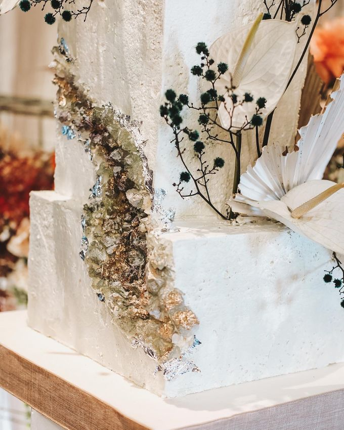 This Wedding is made intimate but not just that, every single details made personal to the bride and groom. In the midst of the pandemic, we understan by KAIA Cakes & Co. - 034