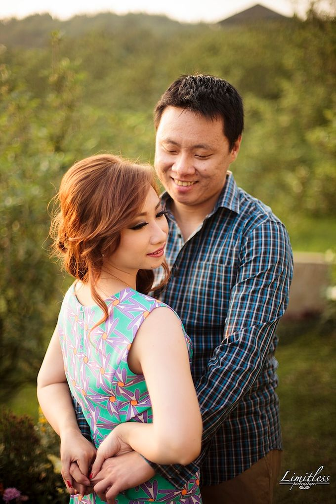HENDY AND AMEL ENGAGEMENT PHOTOSHOOT by limitless portraiture - 041