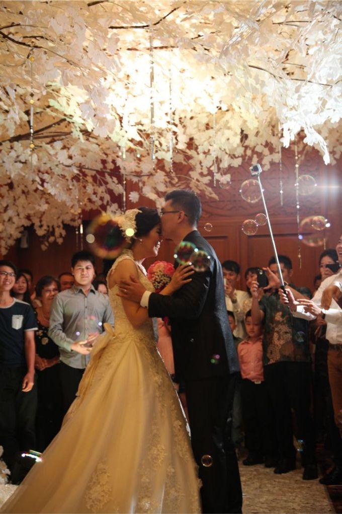The Wedding of Herianto & Yunita by JULIANA DECOR - 004