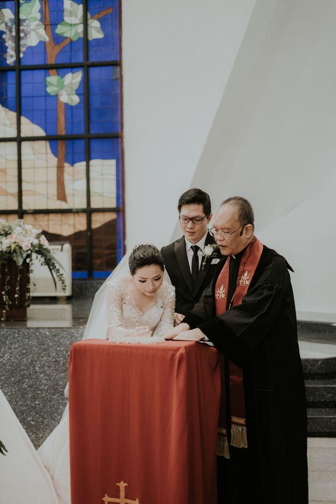 Holy Matrimony of Eka & Adelyne by Priscilla Myrna - 016