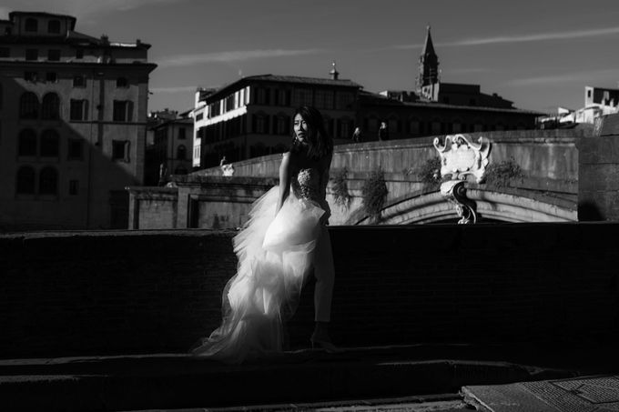 Post-Wedding Shoot in Florence and Tuscan Hills by Fotomagoria - 013