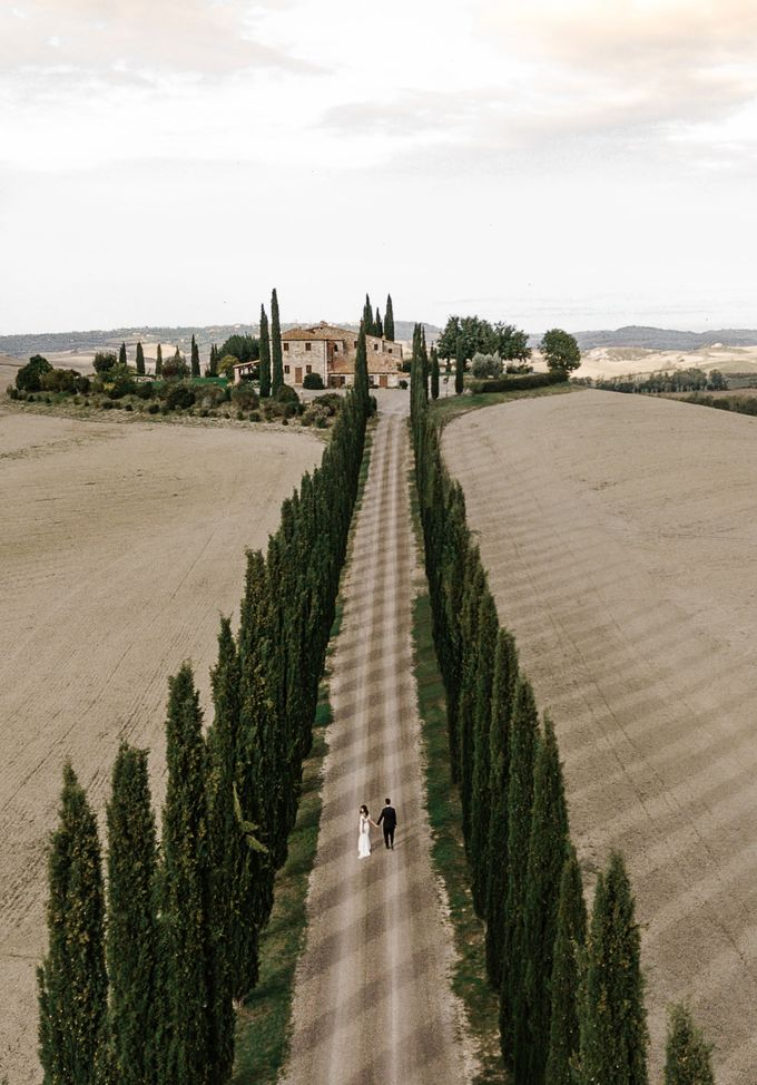 Post-Wedding Shoot in Florence and Tuscan Hills by Fotomagoria - 001