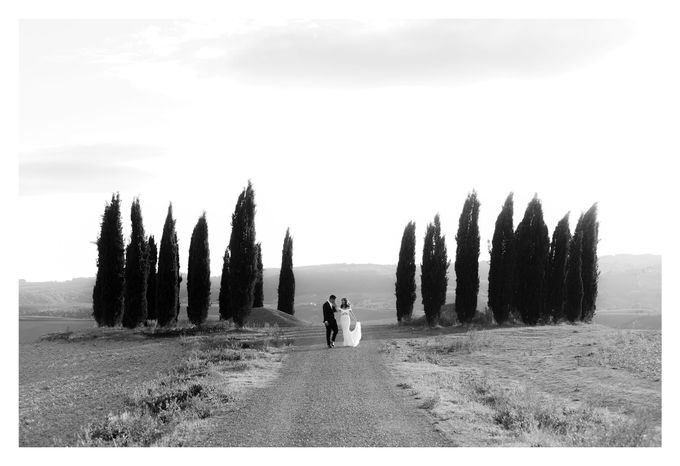 Post-Wedding Shoot in Florence and Tuscan Hills by Fotomagoria - 025