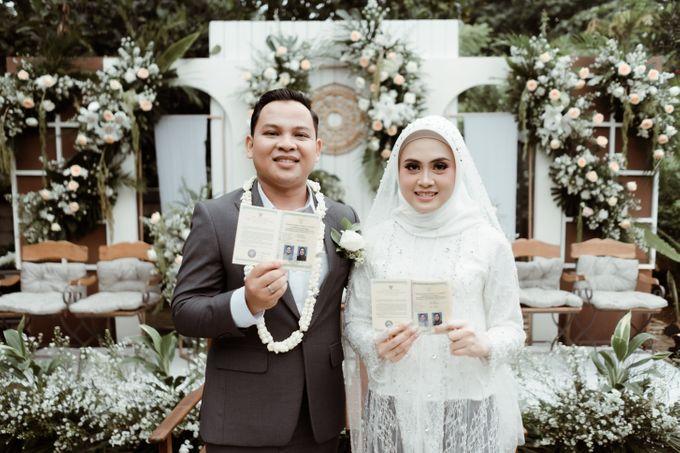 The Wedding of Putri & Adi di Pendopo Uti by Decor Everywhere - 003