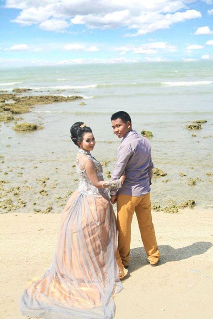 Prewedding Ahmad & Wahyu by Charis Production - 002