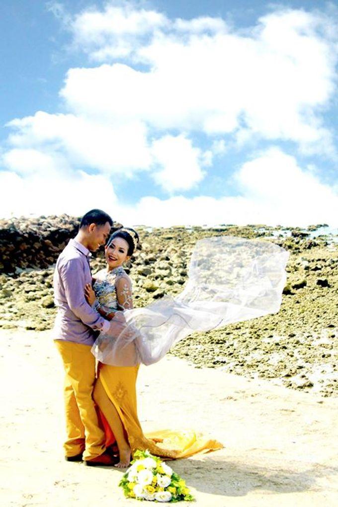 Prewedding Ahmad & Wahyu by Charis Production - 003
