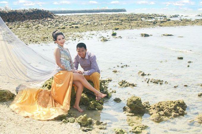 Prewedding Ahmad & Wahyu by Charis Production - 009