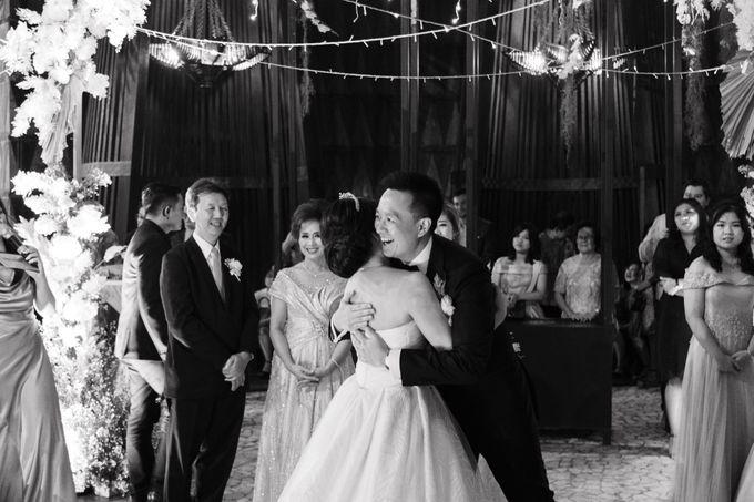 Rustic & Sophisticated Intimate Wedding of Leo & Shenny by Jennifer Natasha - Jepher - 004