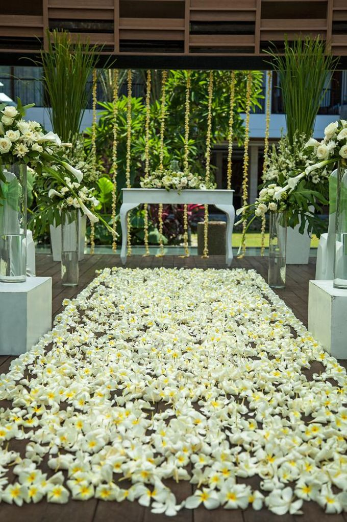 Garden Wedding by Courtyard by Marriott Bali Seminyak - 002