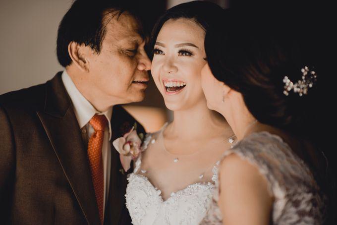 Erika & Darmawan Wedding Ceremony by ATIPATTRA - 008