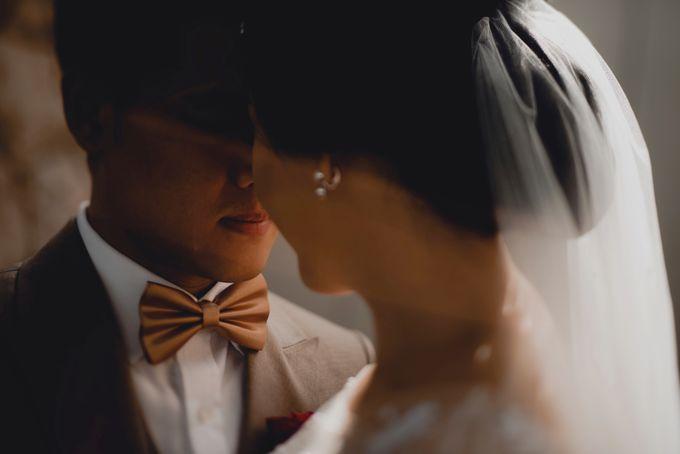 Erika & Darmawan Wedding Ceremony by ATIPATTRA - 010