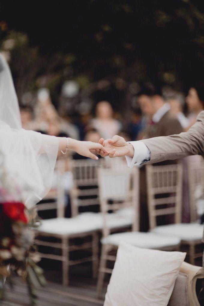 Erika & Darmawan Wedding Ceremony by ATIPATTRA - 011