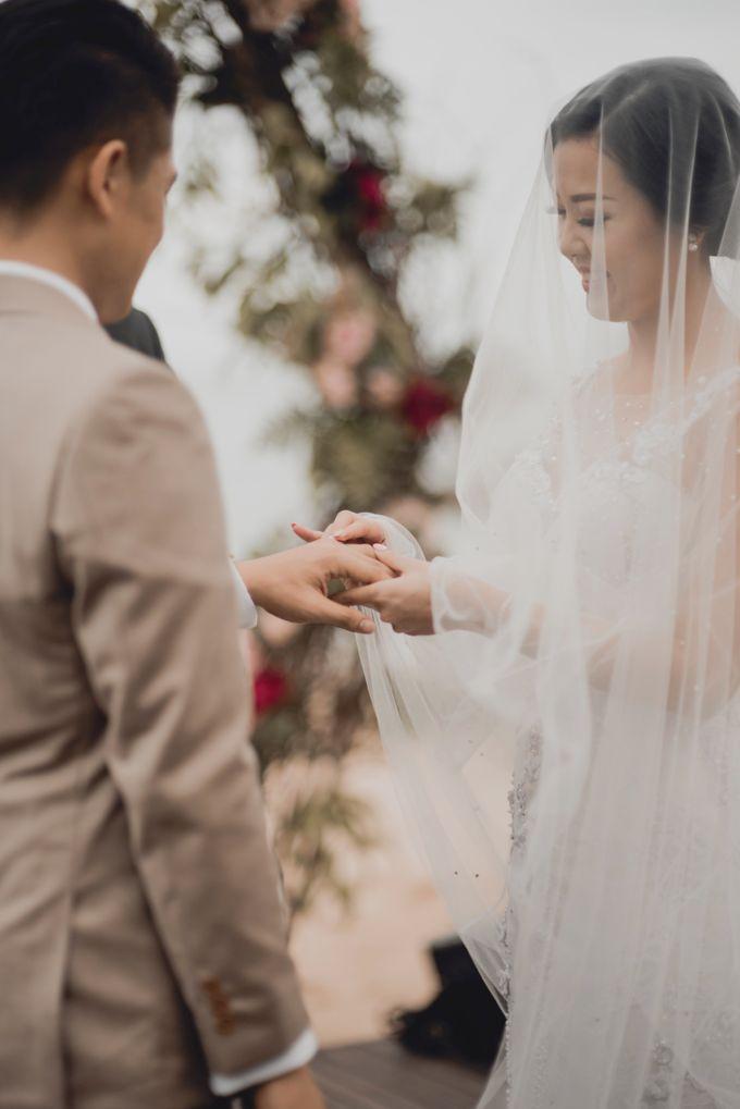 Erika & Darmawan Wedding Ceremony by ATIPATTRA - 013